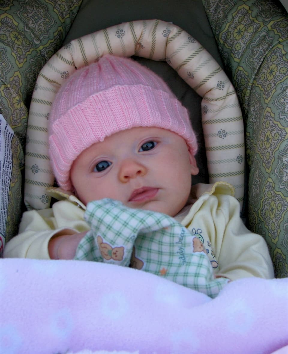 baby-girl-wearing-pink-hat