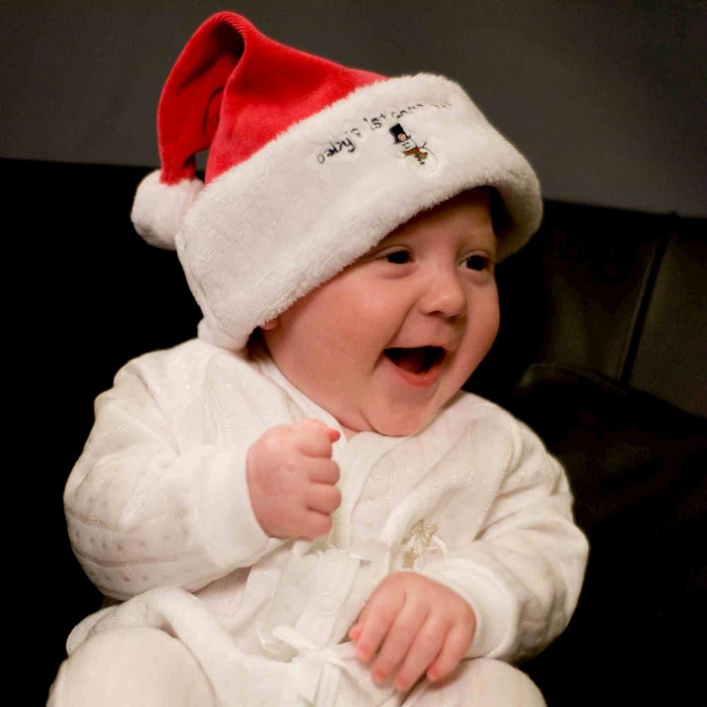 baby-in-santa-hat